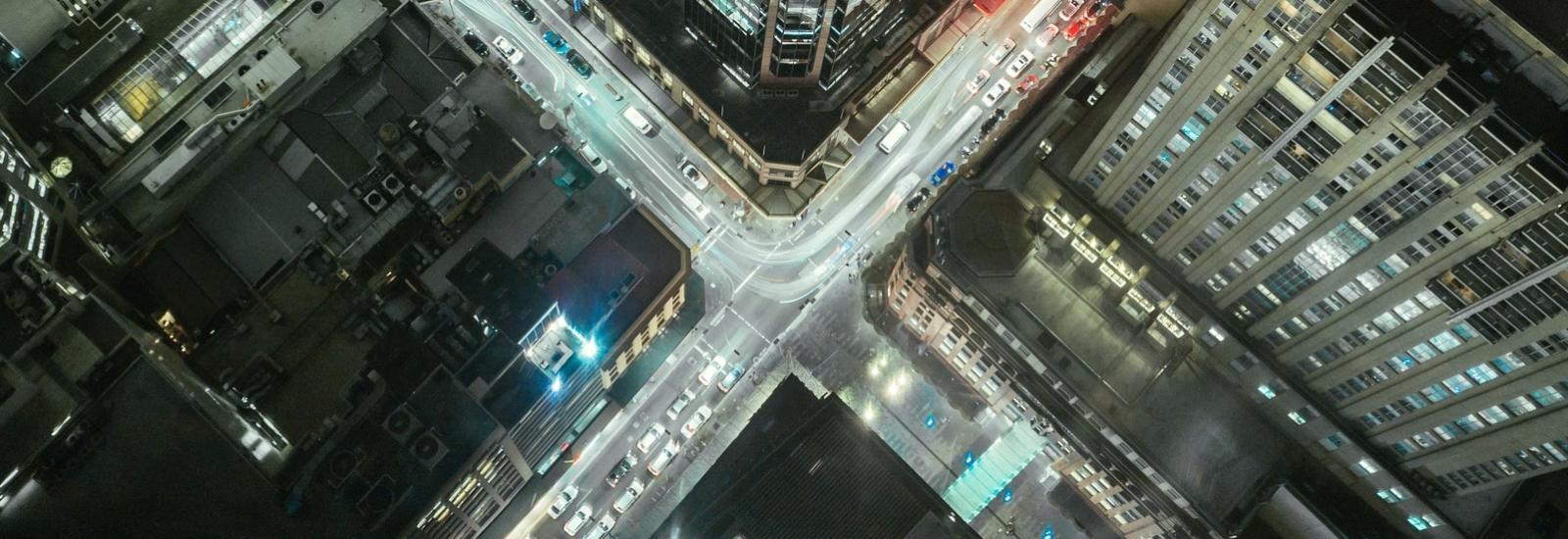 Uber, uberisation, travail, flexibilité, indépendance, technologies, révolution