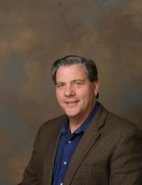 William G. Castellano, professeur à la Rutgers School of Management and Labor Relations (États-Unis)